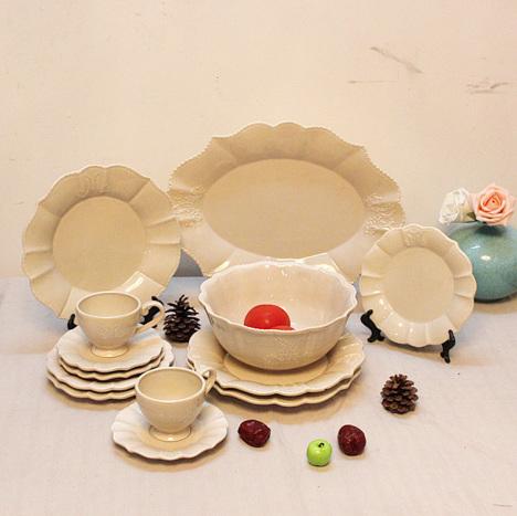 法式做旧欧式福浮雕陶瓷复古餐具西餐盘圆盘果盘杯子