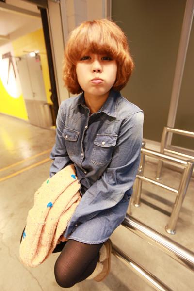 蘑菇街_可爱小女生短发纹理烫