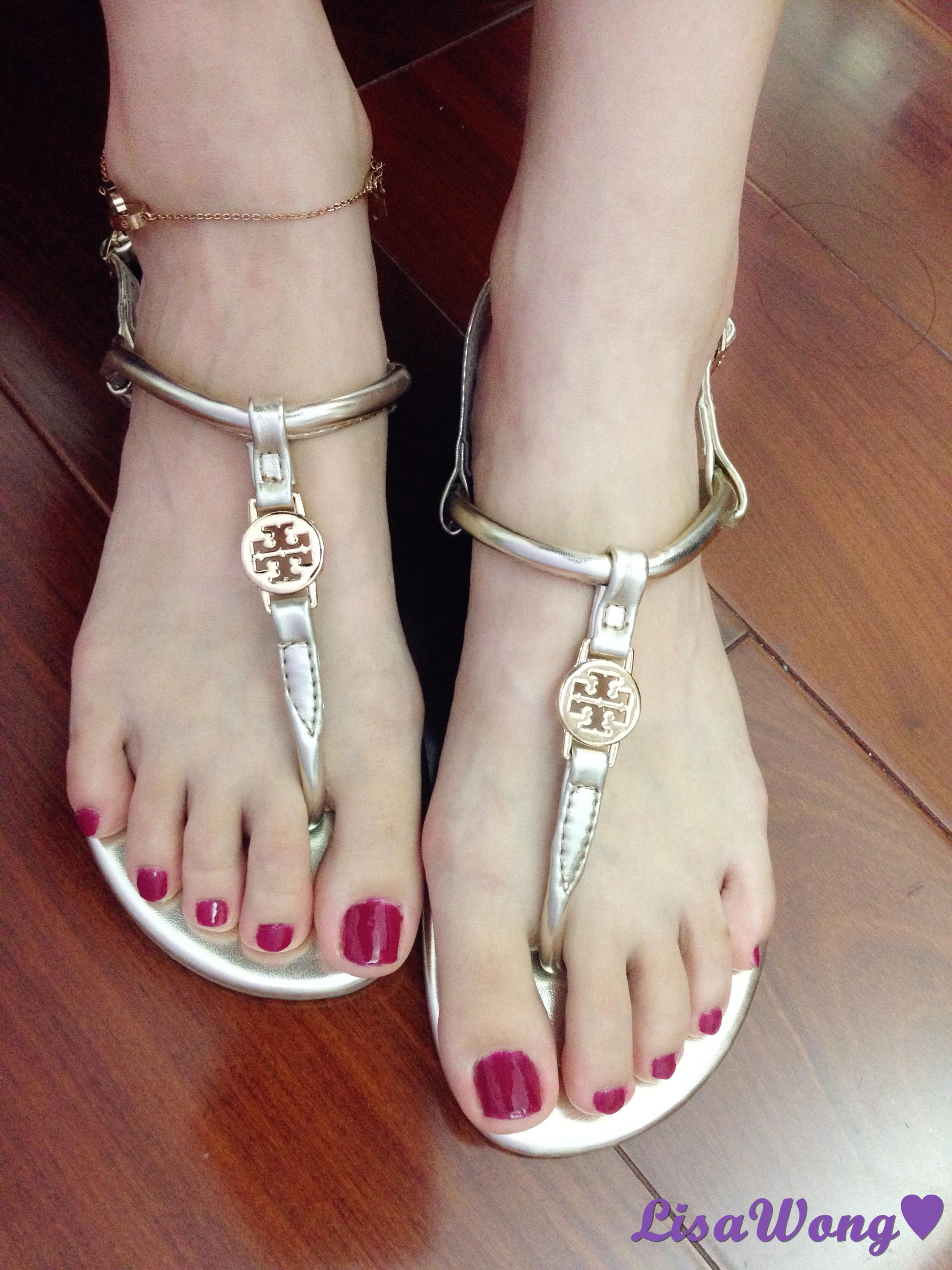 香槟金的t字夹脚凉鞋_lisawong的分享